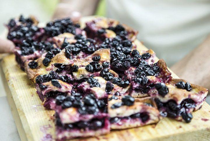 Schiacciata con l'uva, la vera ricetta tradizionale
