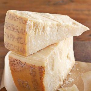 Parmigiano-Reggiano-Biologico-firenze